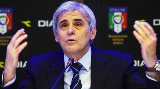 Arbitri, Nicchi annuncia: