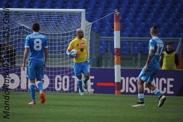 Napoli, Mario Rui migliora partita dopo partita: dimenticato l'infortunio di Ghoulam?