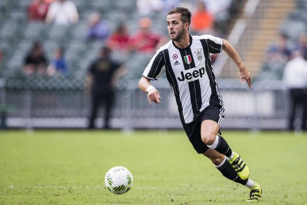 Juve-Napoli, lo scudetto di Pjanic:
