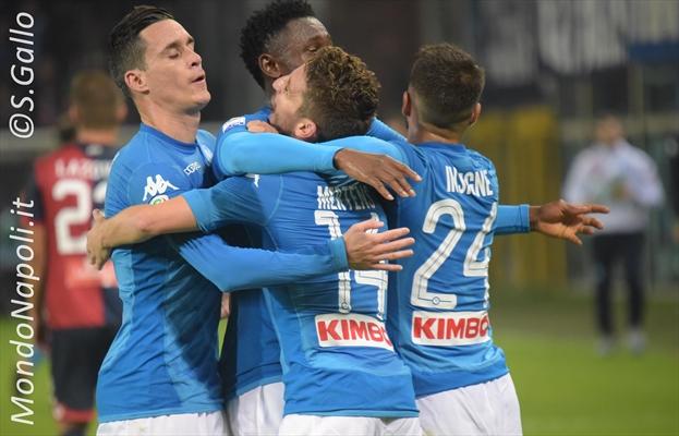 Napoli, Albiol in dubbio contro il Sassuolo
