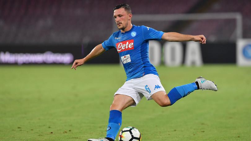 Maledizione terzino sinistro per il Napoli, anche Mario Rui si ferma